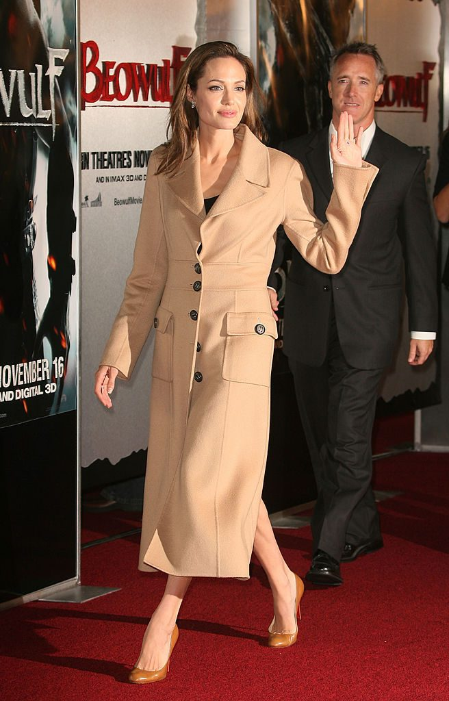 "LOS ANGELES, CA - NOVEMBER 05: Actress Angelina Jolie arrives at the premiere of Paramount Pictures' ""Beowulf"" at the Westwood Village Theatre on November 5, 2007 in Los Angeles, California. (Photo by Frederick Brown/Getty Images)"