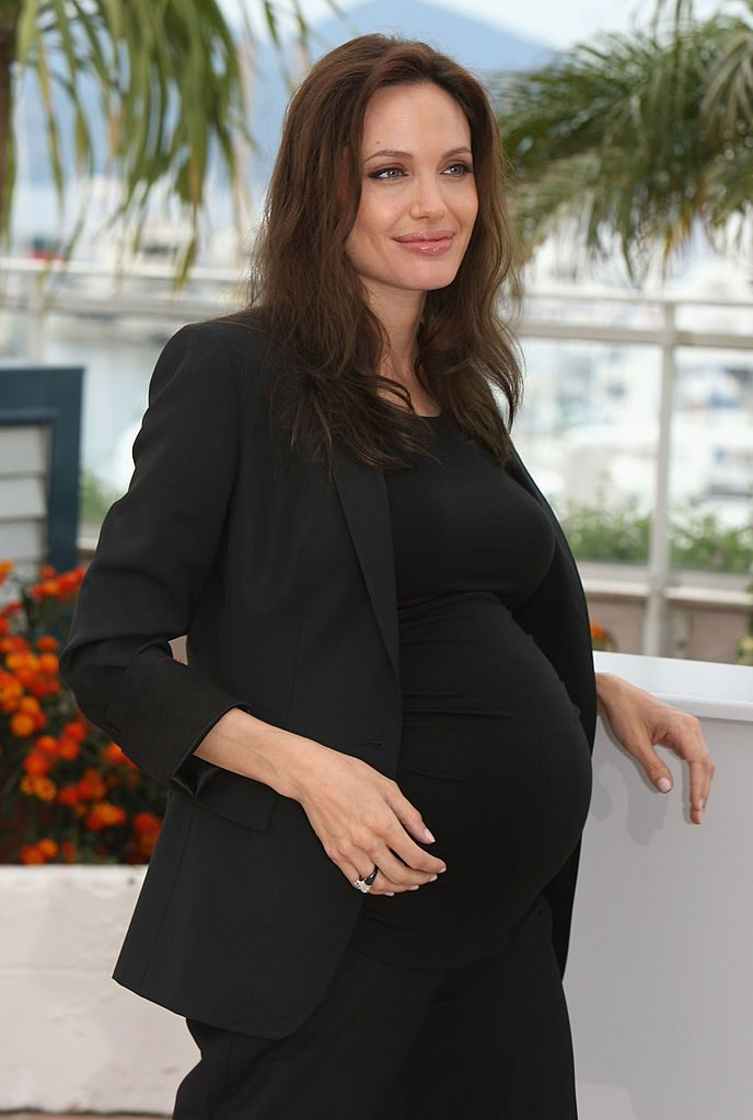 CANNES, FRANCE - MAY 20: Actress Angelina Jolie attends the 'Changeling' Photocall at Palais des Festivals during the 61st International Cannes Film Festival on May 20, 2008 in Cannes, France (Photo by Sean Gallup/Getty Images)